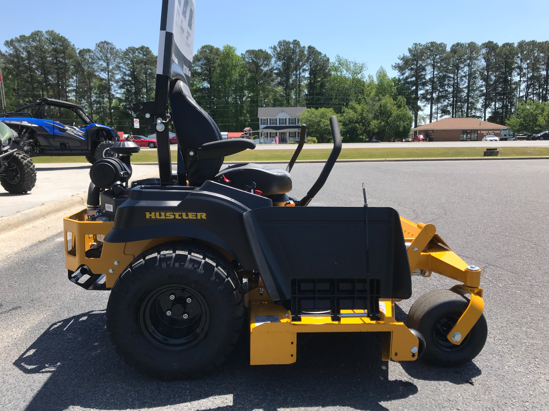2021 Hustler Turf Equipment FasTrak SDX 60 in. Kawasaki FX730 23.5 hp in Greenville, North Carolina - Photo 4