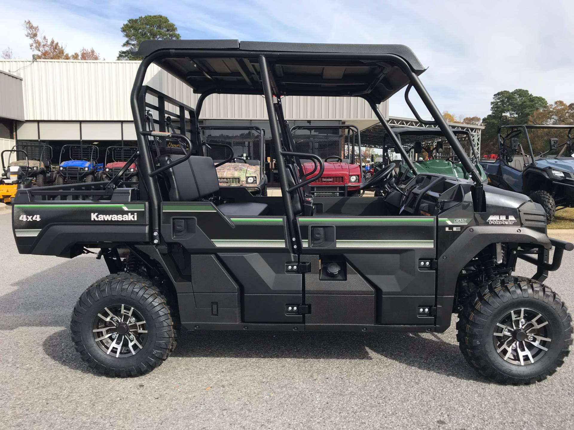 2018 Kawasaki Mule PRO-FXT EPS LE in Greenville, North Carolina - Photo 2