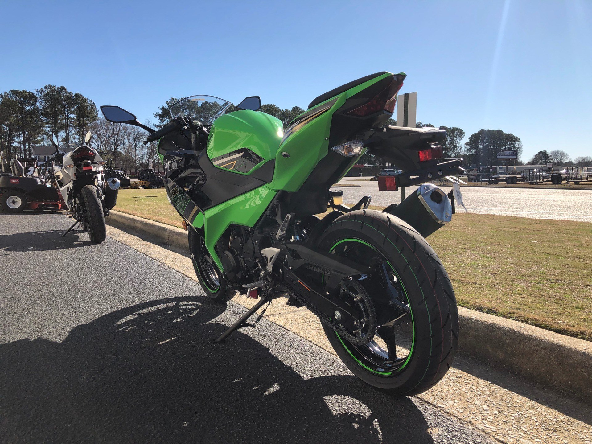 2020 Kawasaki Ninja 400 ABS KRT Edition in Greenville, North Carolina - Photo 9