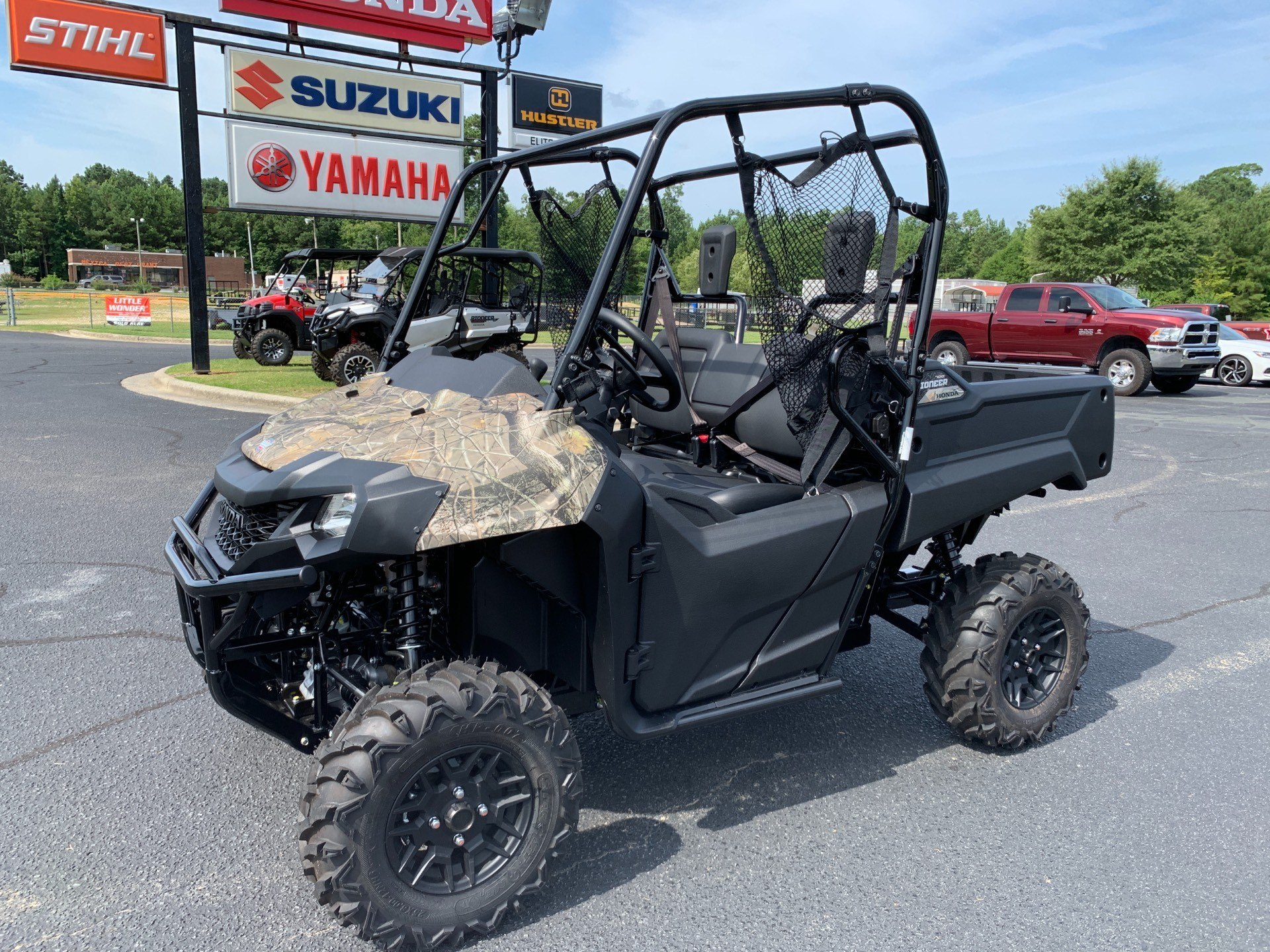 2020 Honda Pioneer 700 Deluxe in Greenville, North Carolina - Photo 6