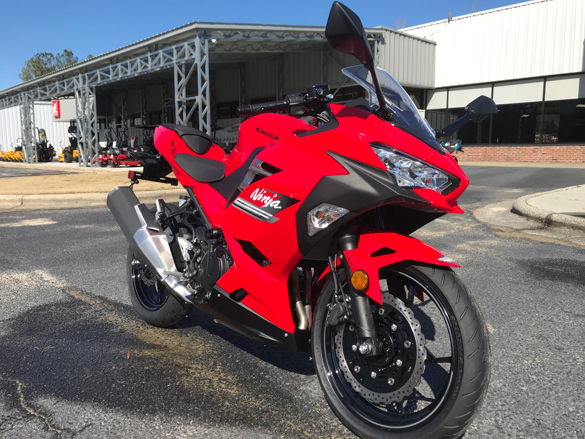 2021 Kawasaki Ninja 400 ABS in Greenville, North Carolina - Photo 2