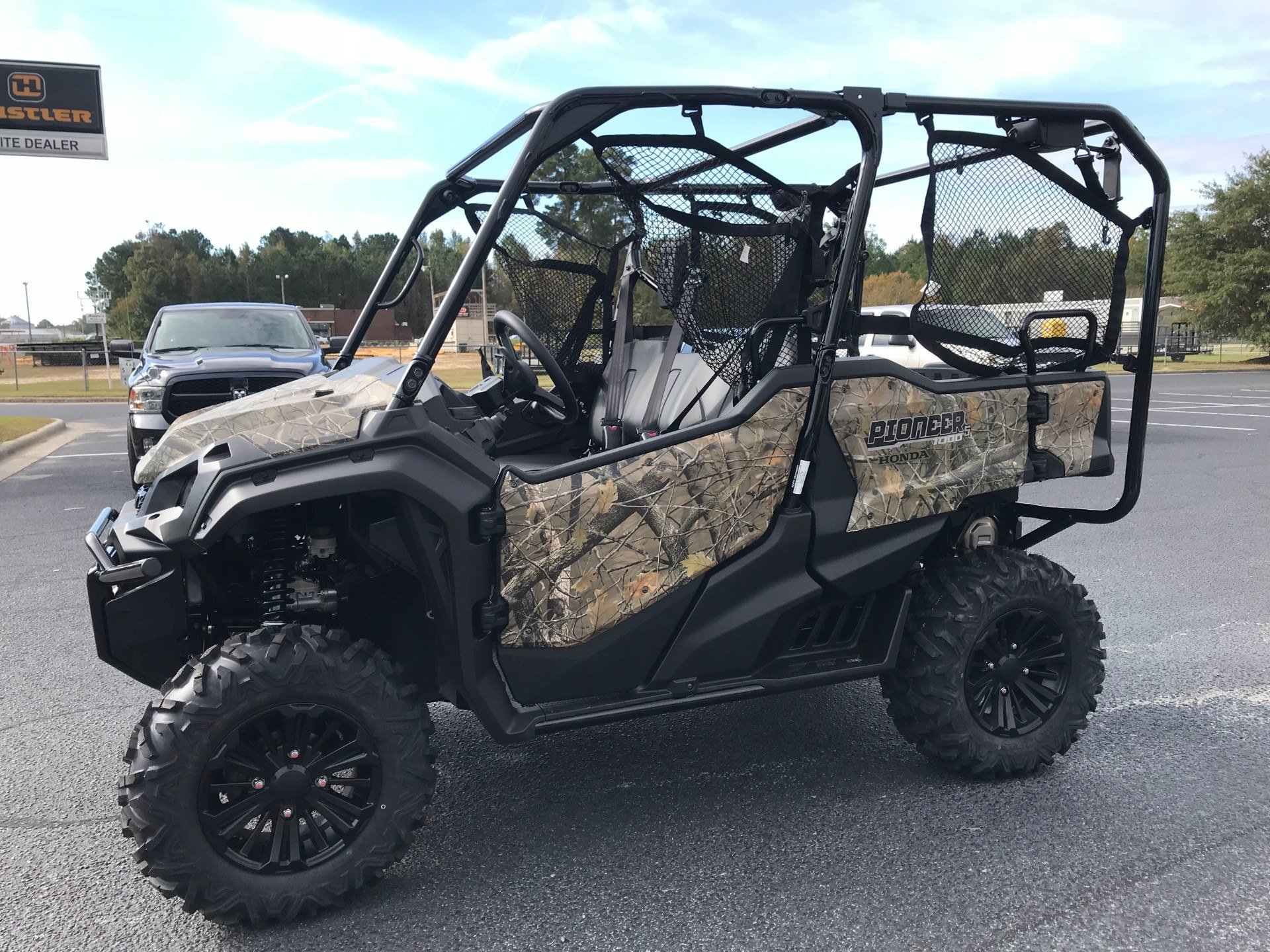 2019 Honda Pioneer 1000-5 Deluxe in Greenville, North Carolina - Photo 8