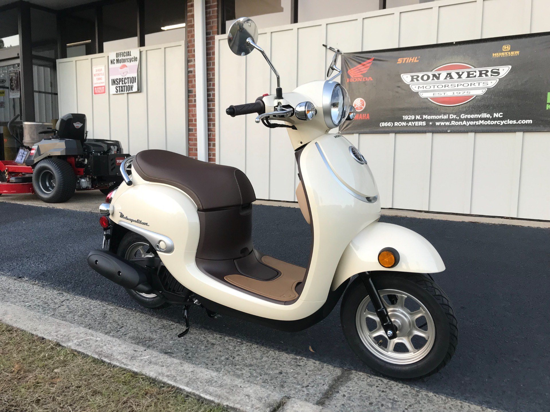 2018 Honda Metropolitan in Greenville, North Carolina - Photo 2