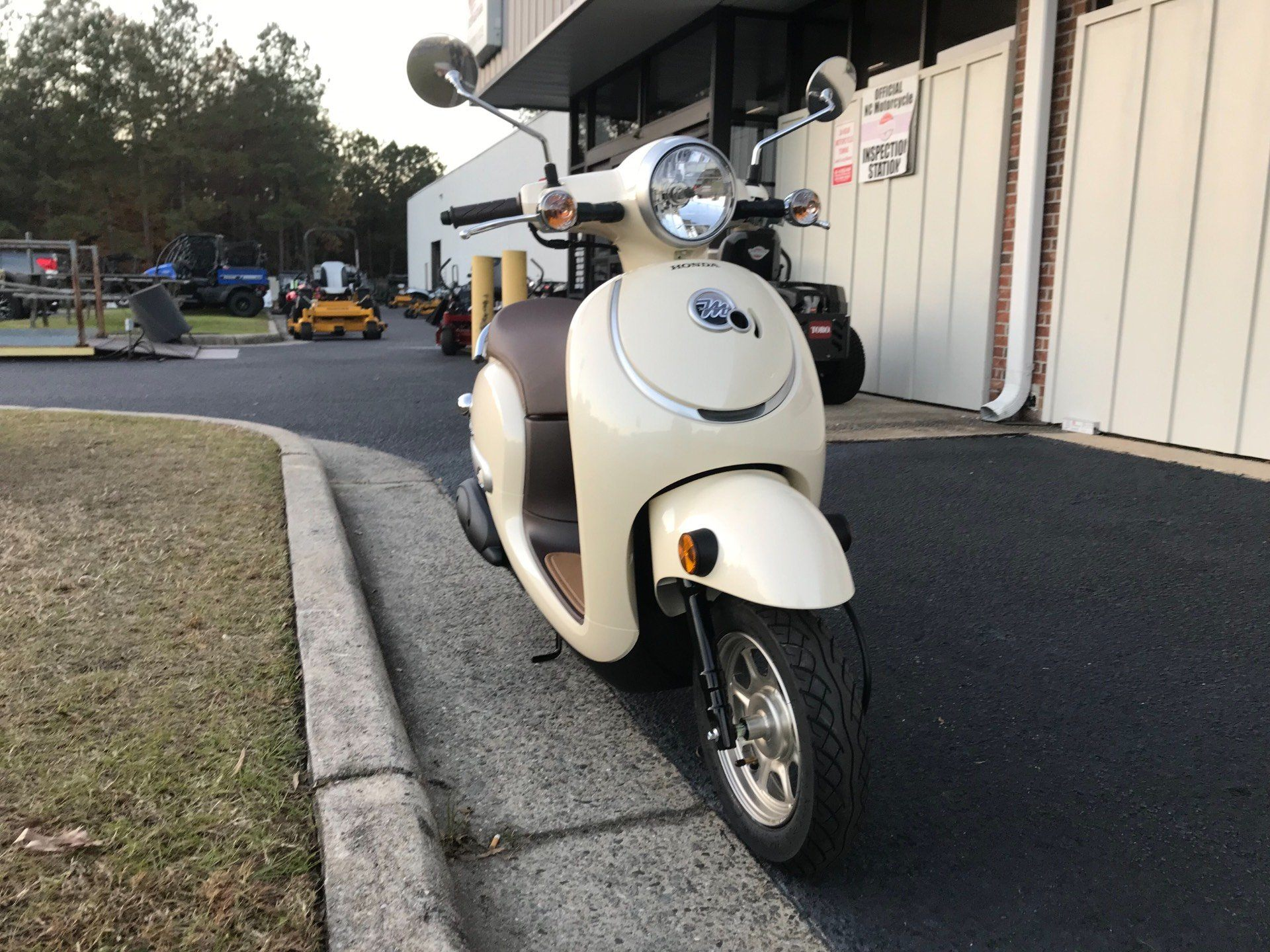 2018 Honda Metropolitan in Greenville, North Carolina - Photo 3