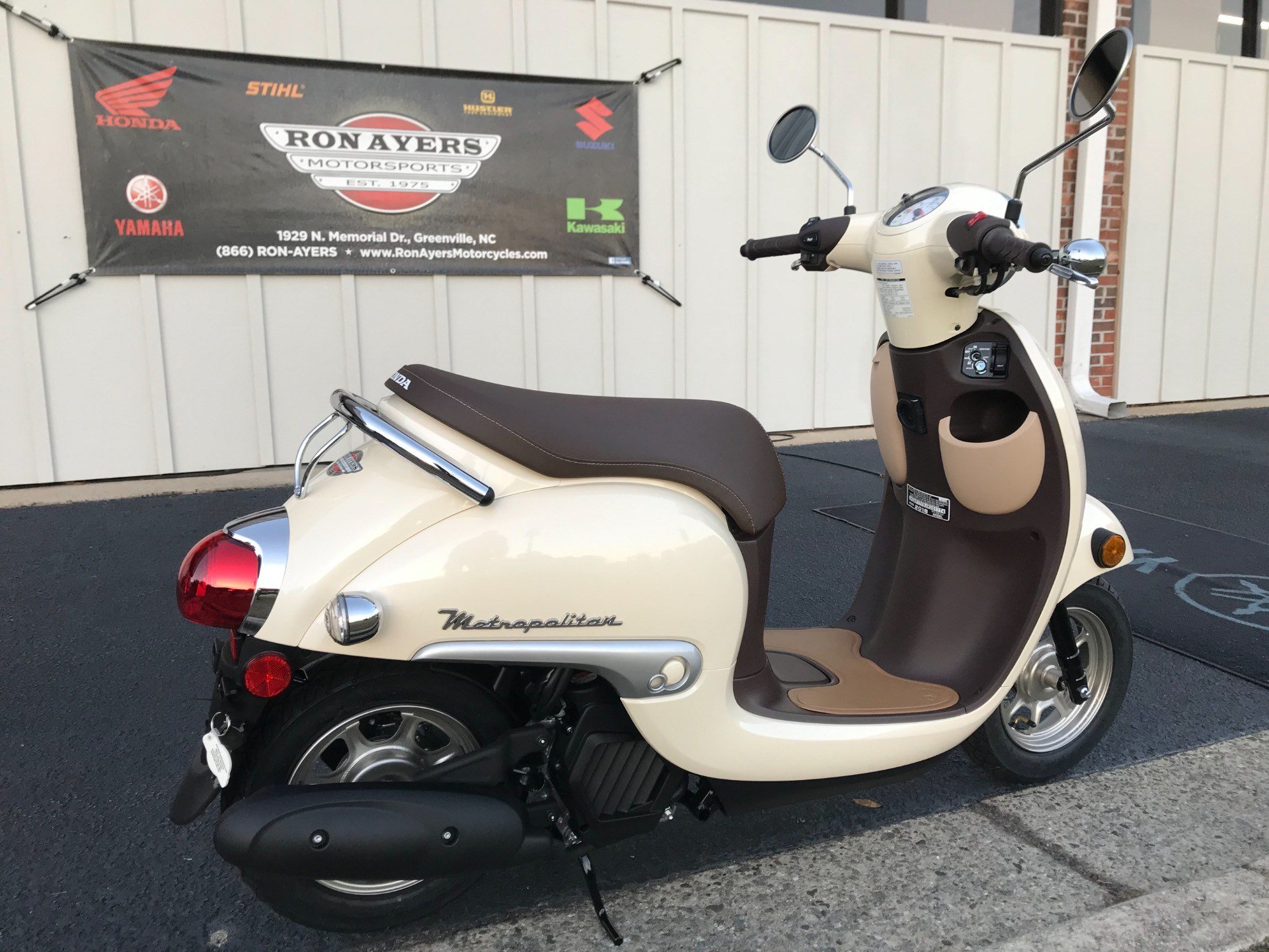 2018 Honda Metropolitan in Greenville, North Carolina - Photo 10