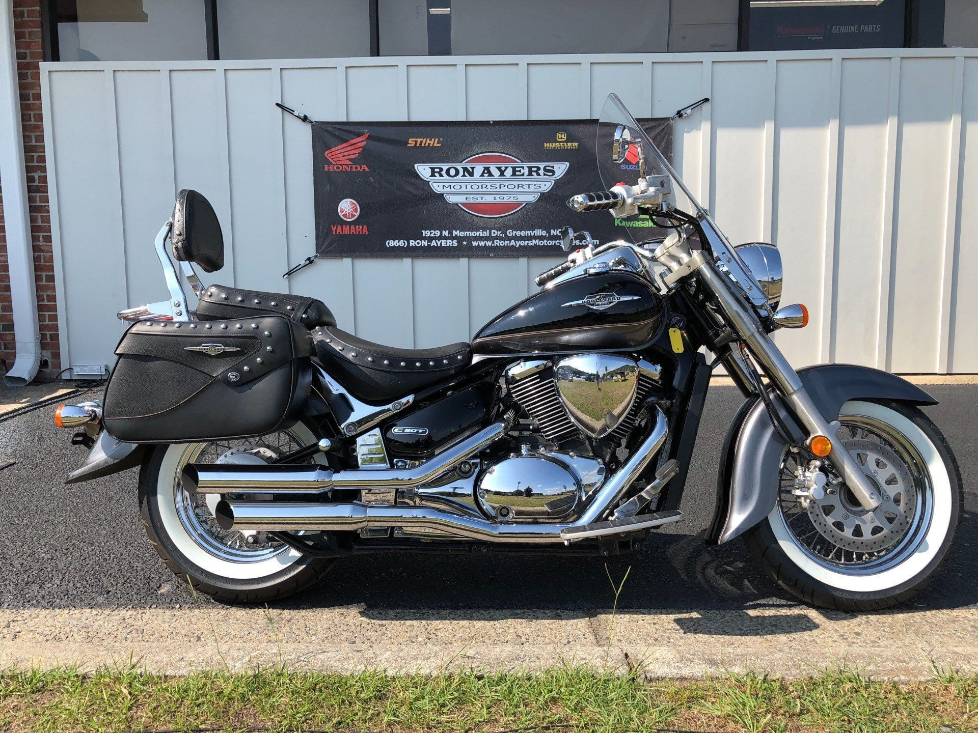 2009 Suzuki Boulevard C50T in Greenville, North Carolina - Photo 1