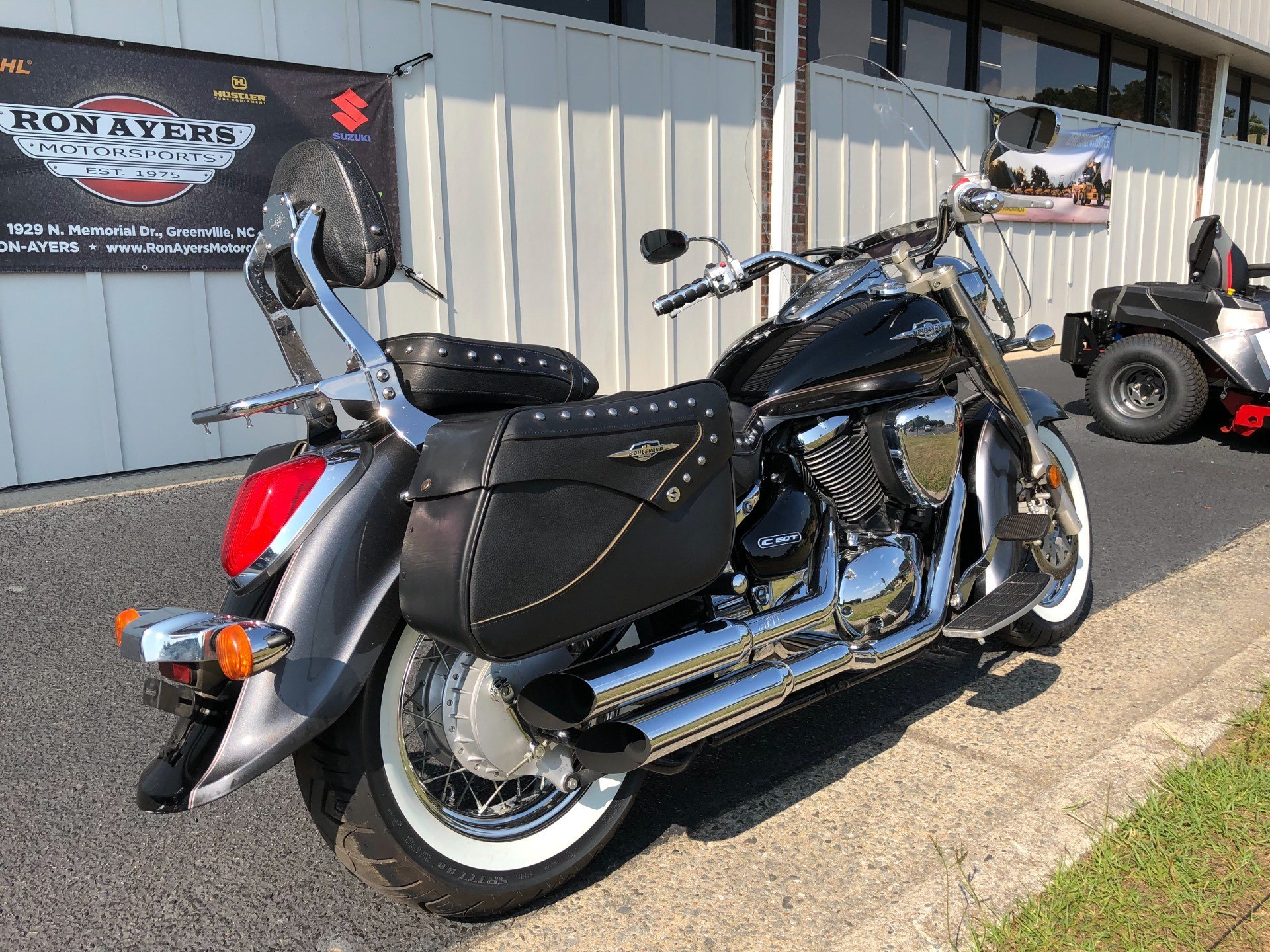 2009 Suzuki Boulevard C50T in Greenville, North Carolina - Photo 11