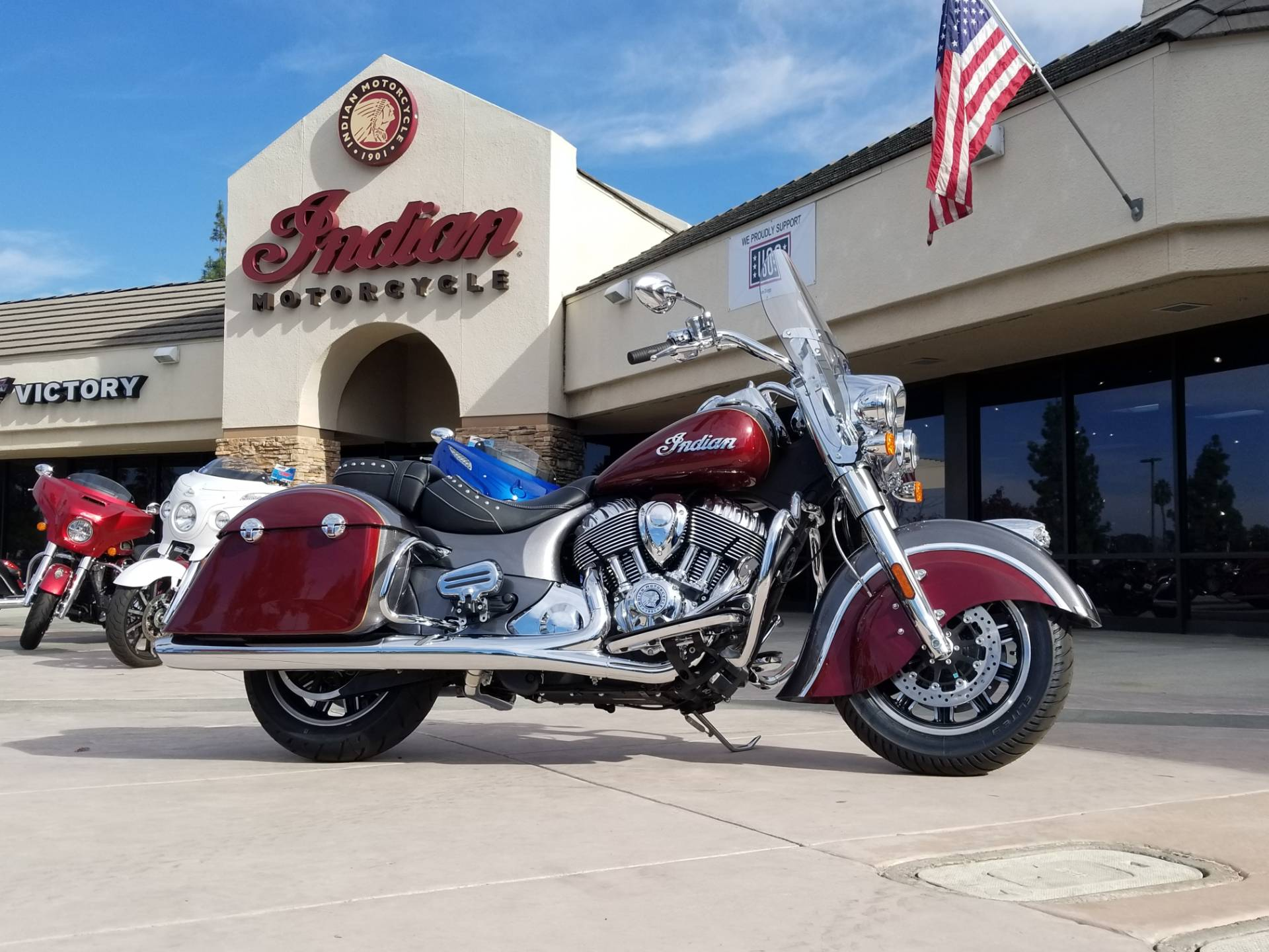 2019 Indian Springfield® ABS in EL Cajon, California - Photo 2