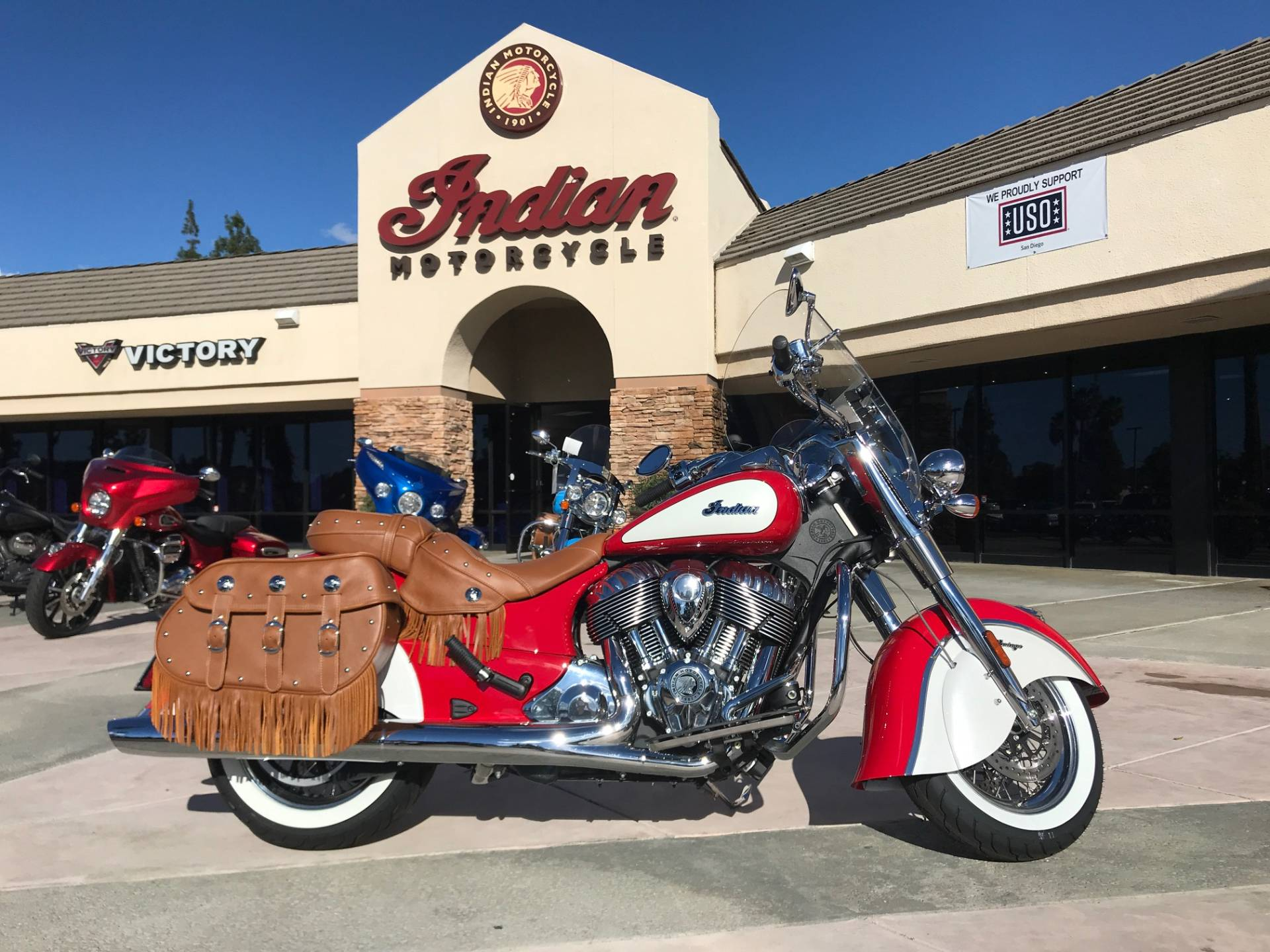 2019 Indian Chief® Vintage Icon Series in EL Cajon, California - Photo 2
