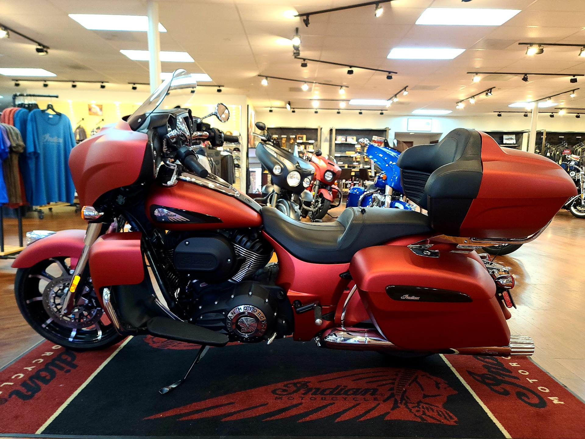 2020 Indian Roadmaster® Dark Horse® in EL Cajon, California - Photo 7