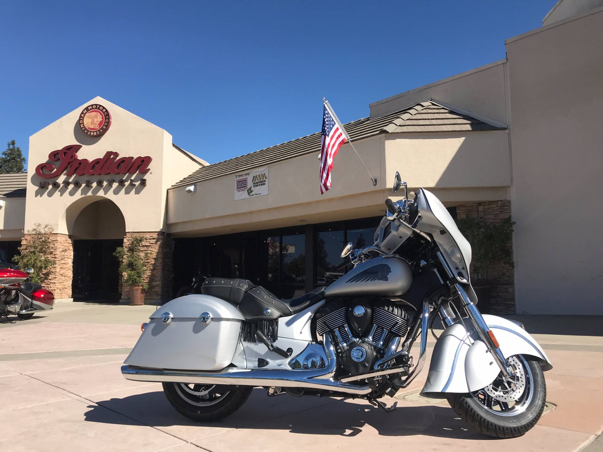 2018 Indian Chieftain® Classic in EL Cajon, California - Photo 1