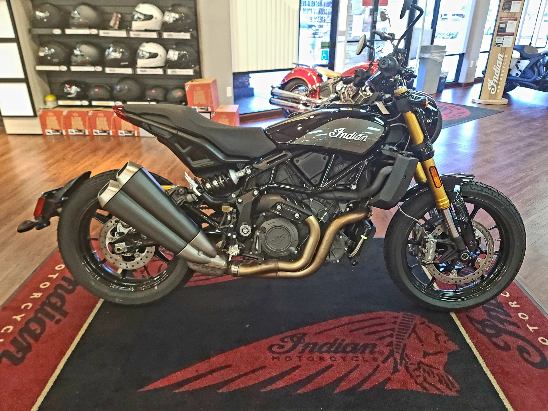 2019 Indian FTR™ 1200 S in EL Cajon, California - Photo 2