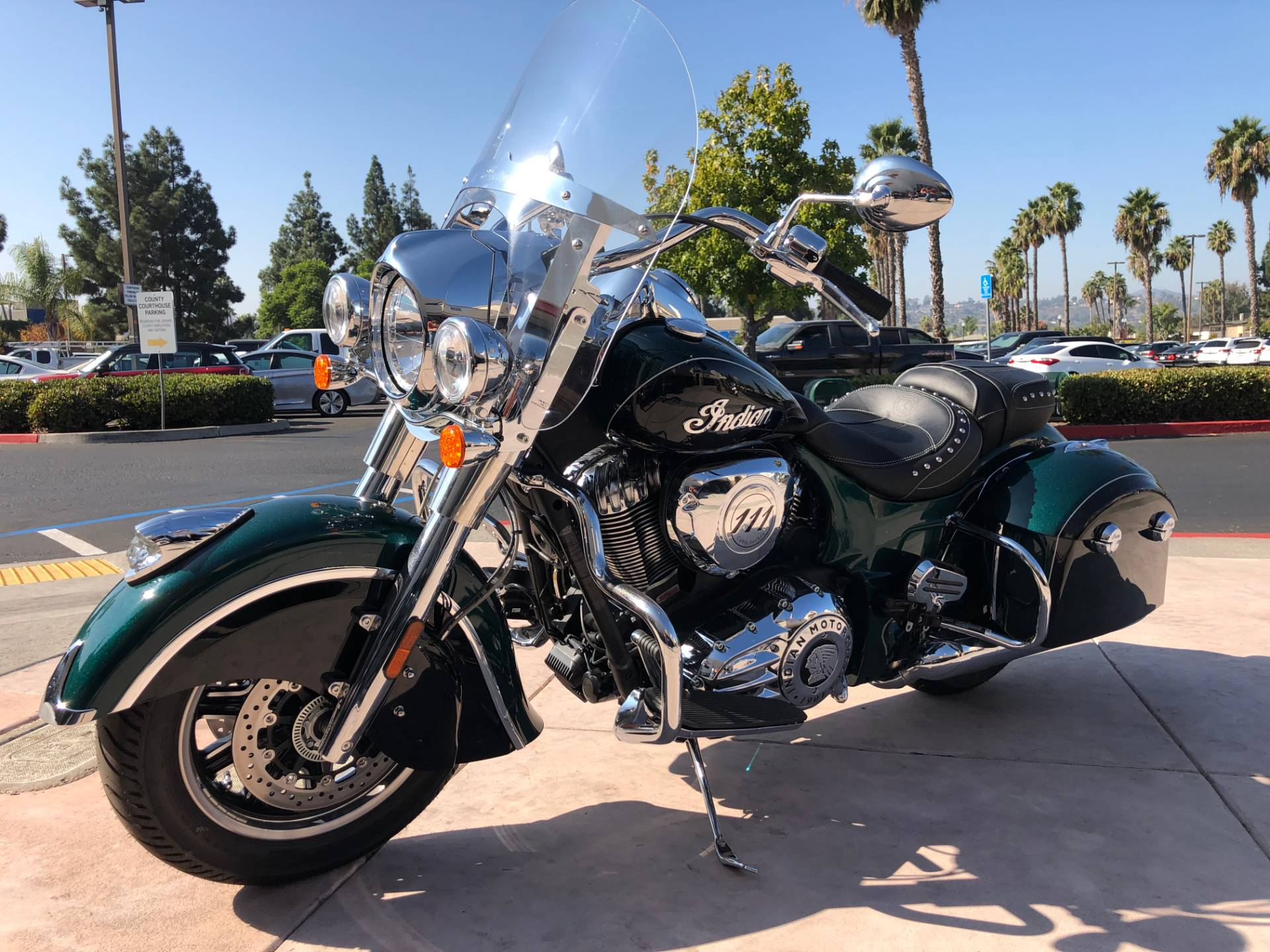 2019 Indian Springfield® ABS in EL Cajon, California - Photo 7