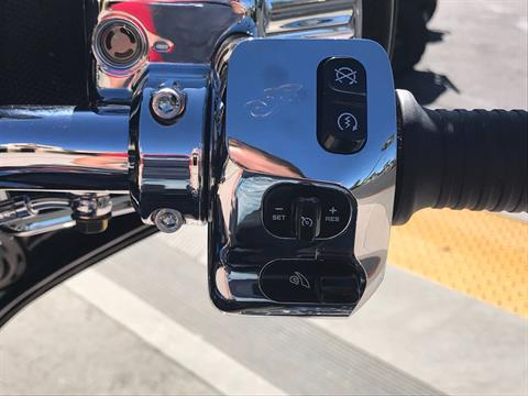 2018 Indian Chieftain® Classic in EL Cajon, California - Photo 25