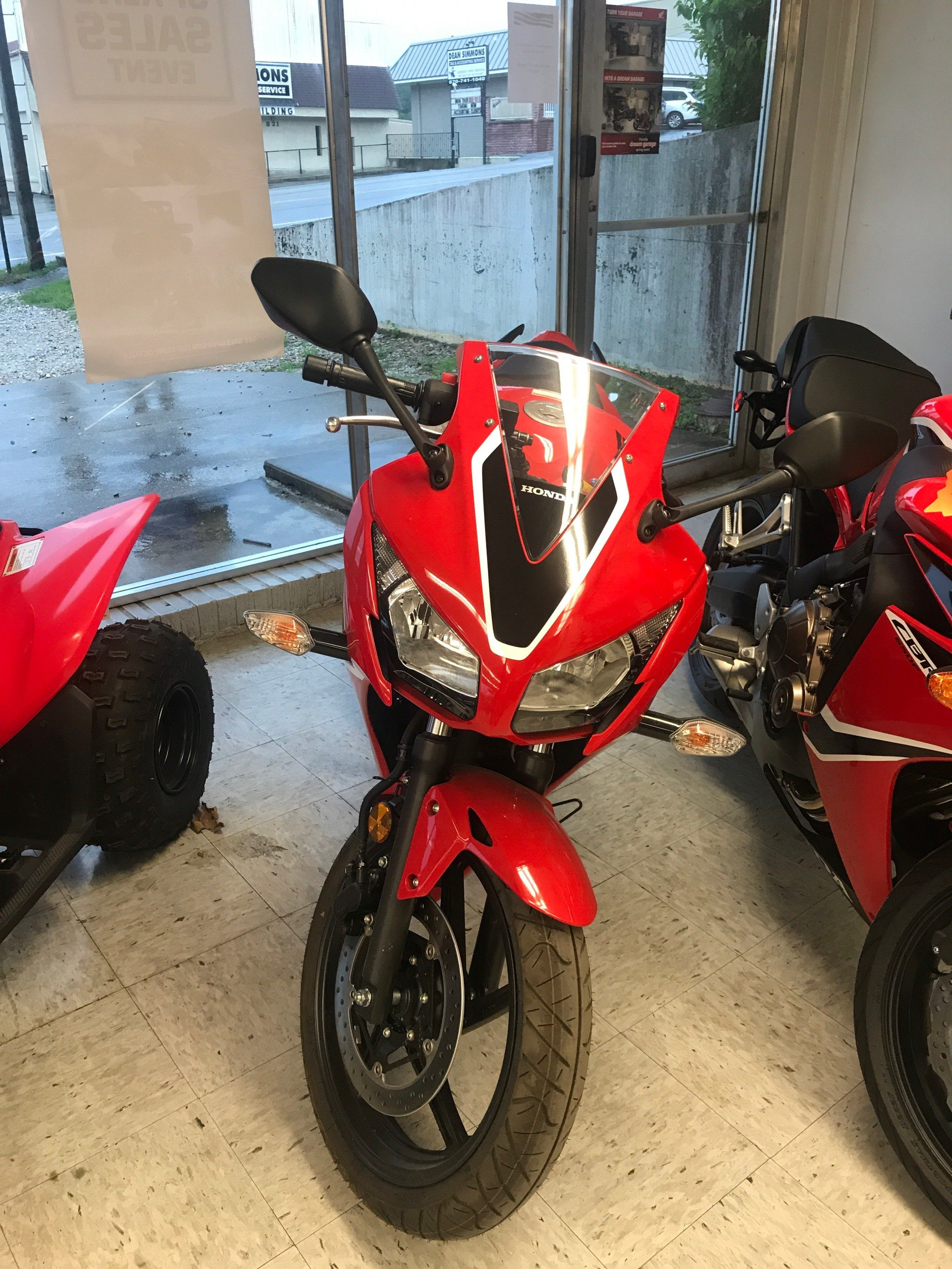 2017 Honda CBR300RH in Harrison, Arkansas - Photo 1