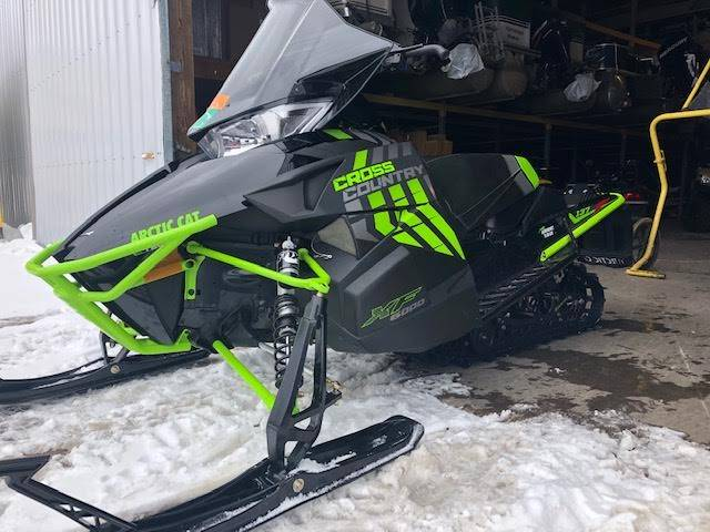 2017 Arctic Cat XF 6000 Cross Country Limited ES 137 in Woodruff, Wisconsin - Photo 1