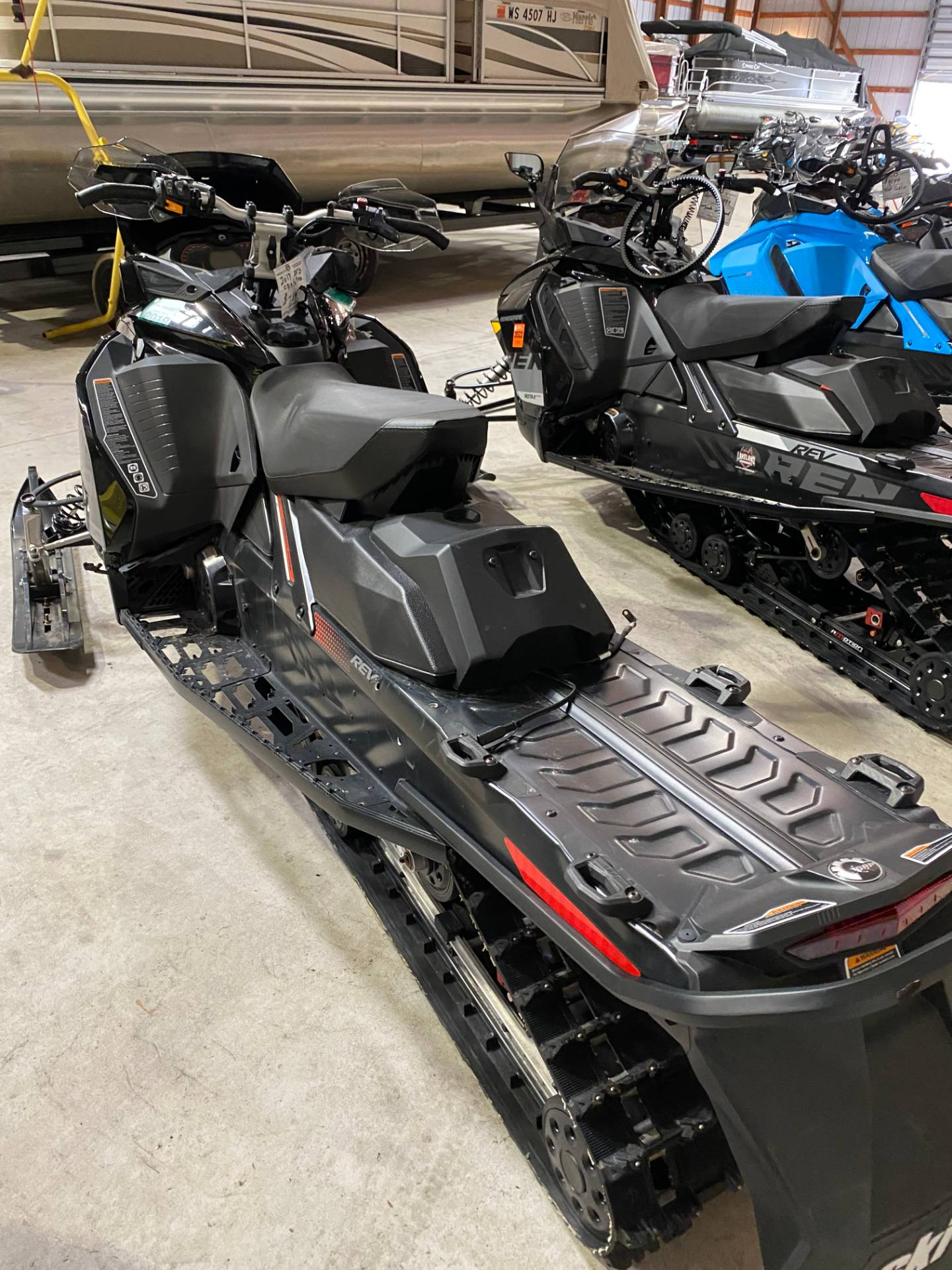 2017 Ski-Doo Renegade X 850 E-TEC E.S. Ice Ripper XT in Woodruff, Wisconsin - Photo 5
