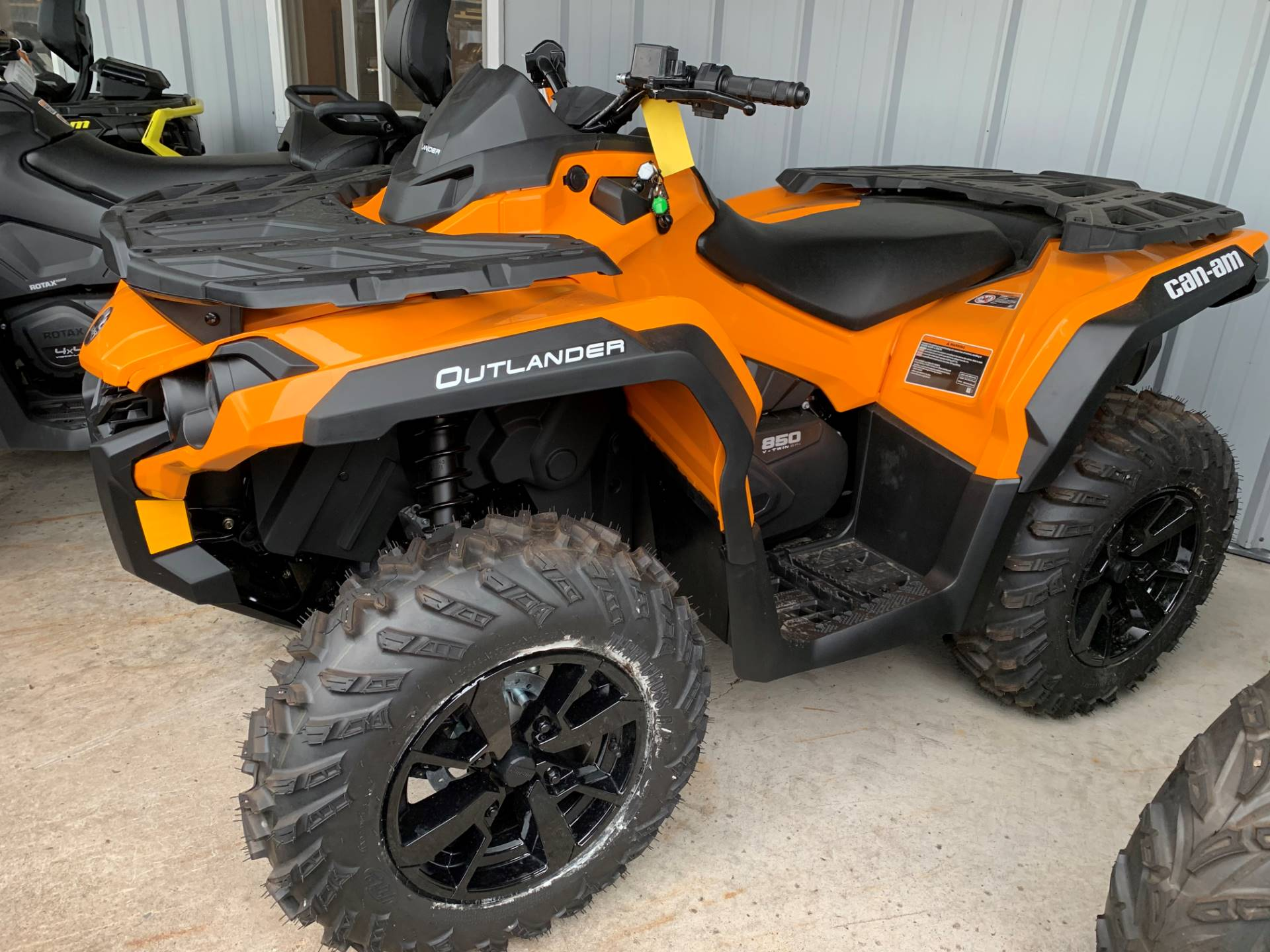 2019 Can-Am Outlander DPS 850 in Woodruff, Wisconsin - Photo 1