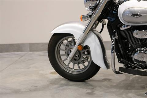 2013 Suzuki Boulevard C50 Special Edition in Saint Paul, Minnesota - Photo 5