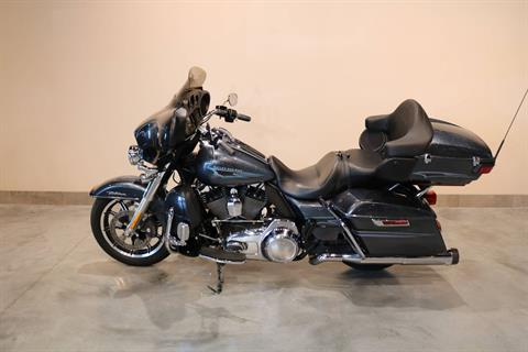2015 Harley-Davidson Ultra Limited Low in Saint Paul, Minnesota
