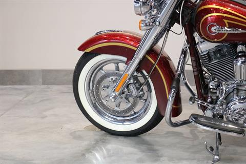 2014 Harley-Davidson CVO™ Softail® Deluxe in Saint Paul, Minnesota - Photo 3