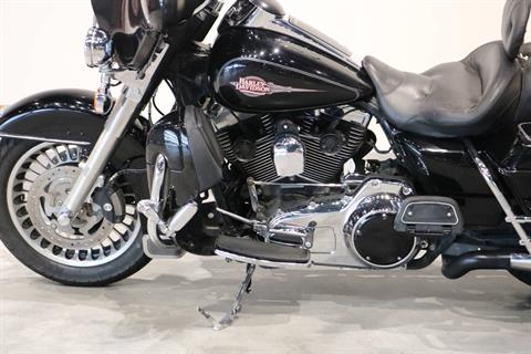 2009 Harley-Davidson Electra Glide® Classic in Saint Paul, Minnesota - Photo 4