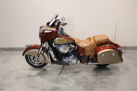 2020 Indian Chieftain® Classic Icon Series in Saint Paul, Minnesota - Photo 2