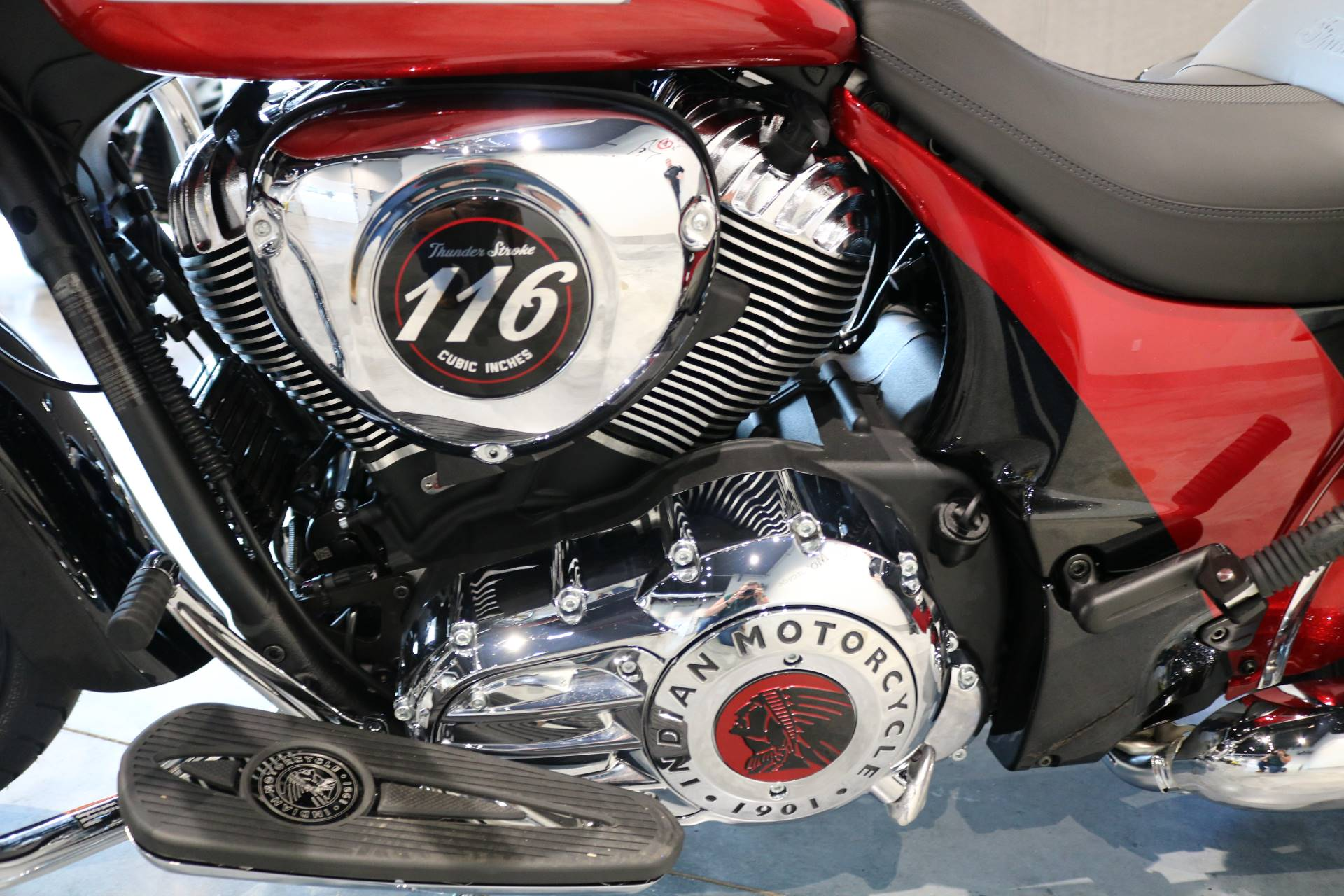 2020 Indian Chieftain® Elite in Saint Paul, Minnesota - Photo 4