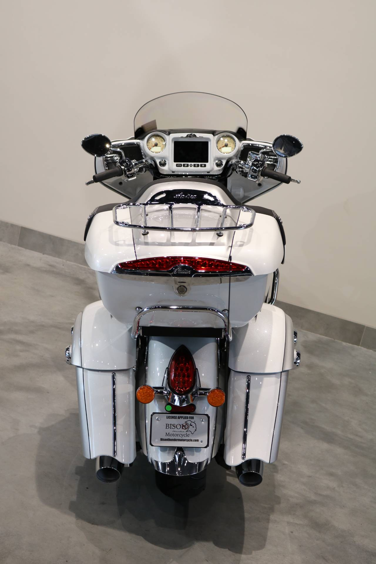 2019 Indian Roadmaster® ABS in Saint Paul, Minnesota - Photo 13