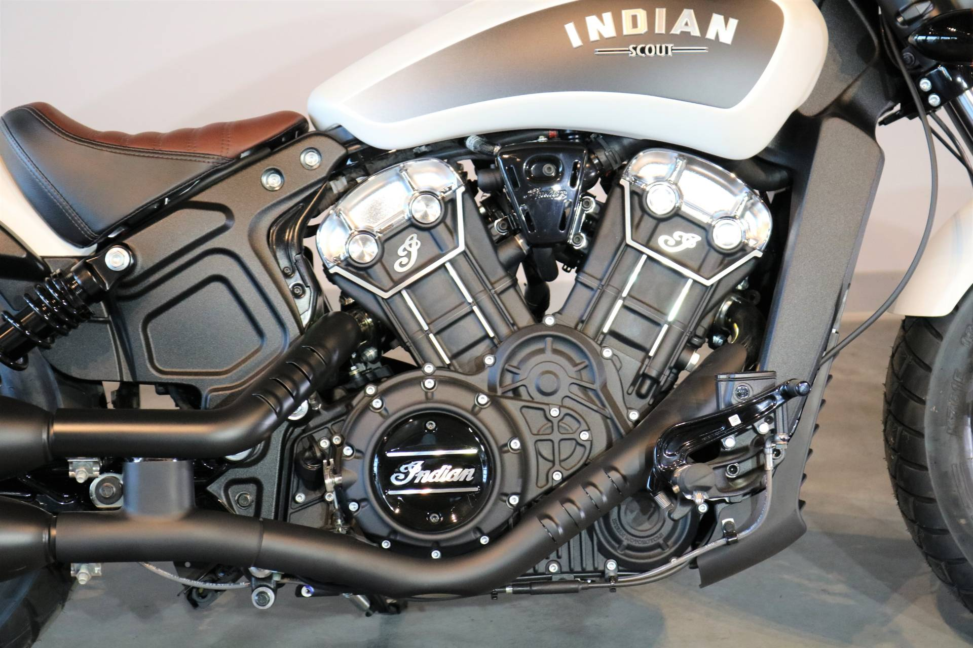 2019 Indian Scout® Bobber ABS in Saint Paul, Minnesota - Photo 3