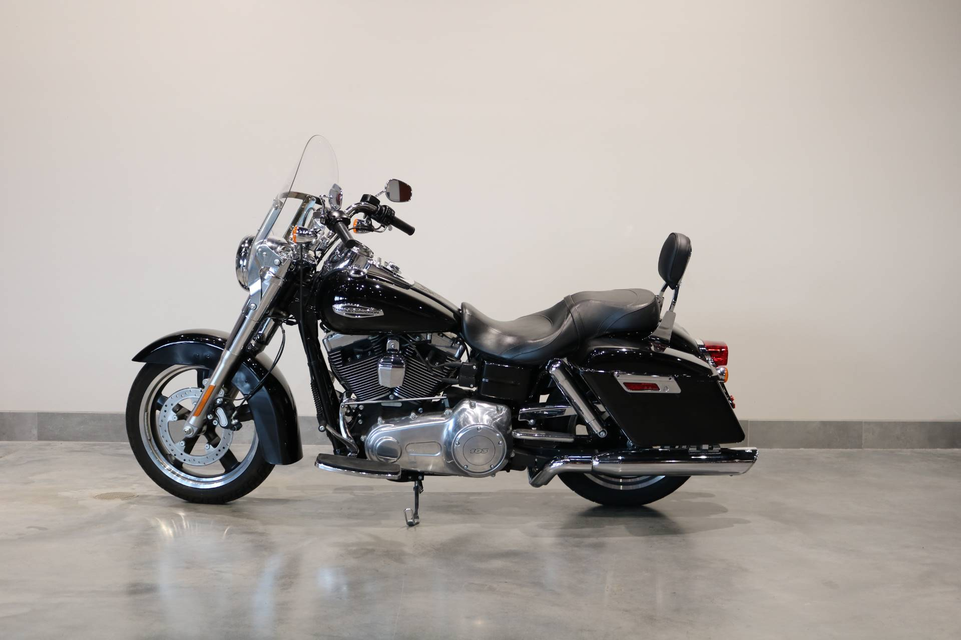 2013 Harley-Davidson Dyna® Switchback™ in Saint Paul, Minnesota - Photo 2