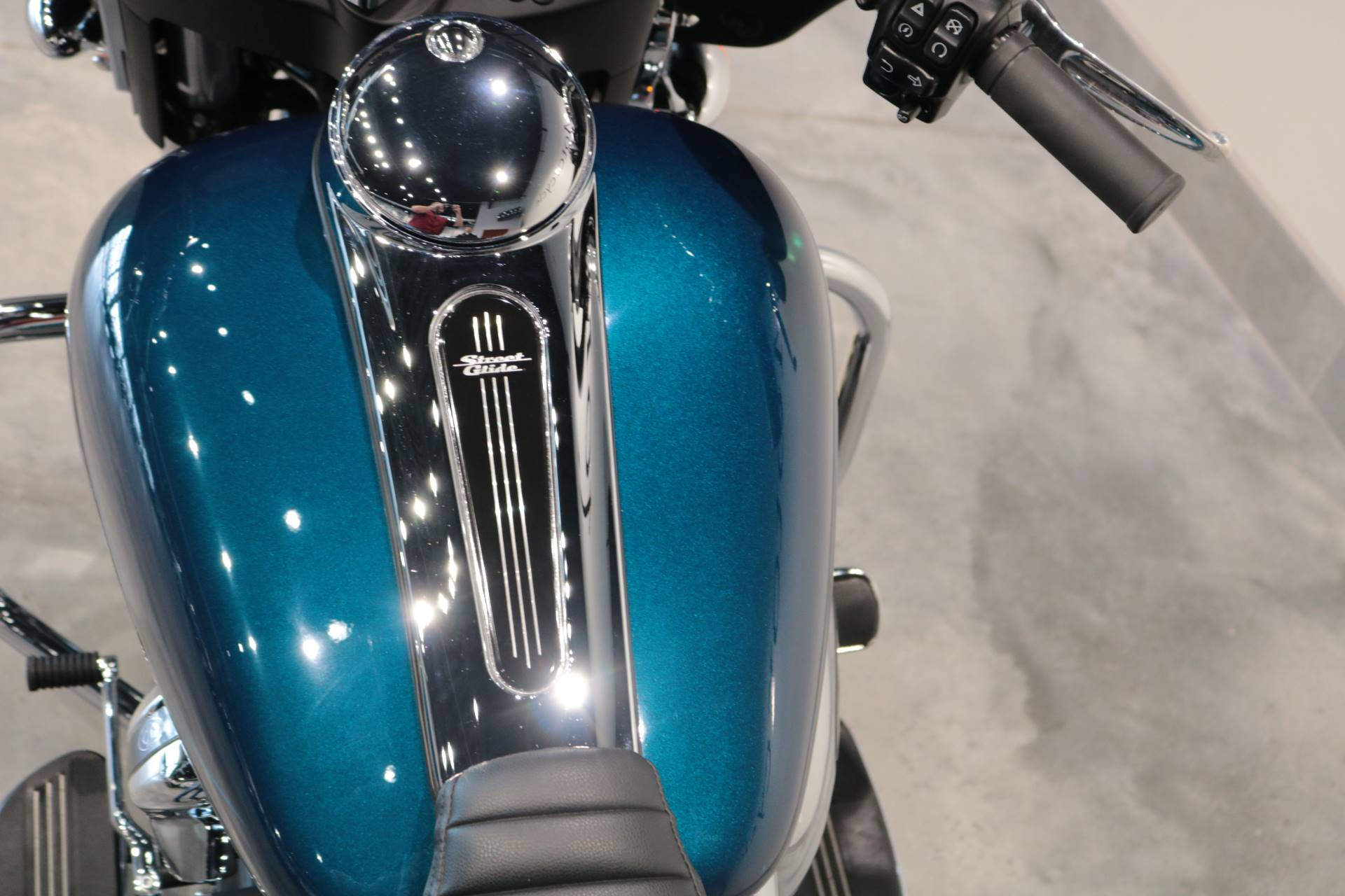 2020 Harley-Davidson Street Glide® in Saint Paul, Minnesota - Photo 7