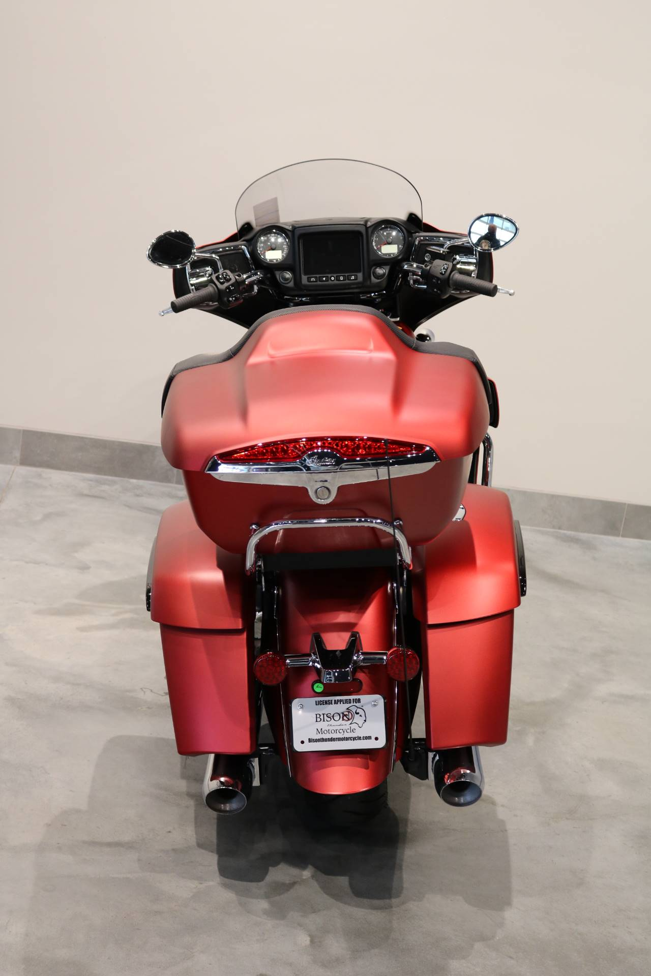 2020 Indian Roadmaster® Dark Horse® in Saint Paul, Minnesota - Photo 14