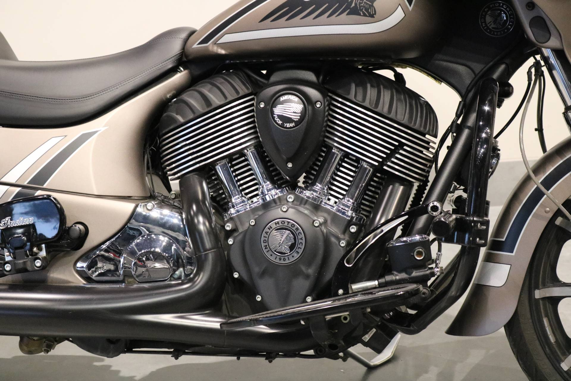 2018 Indian Chieftain® Limited ABS in Saint Paul, Minnesota - Photo 3