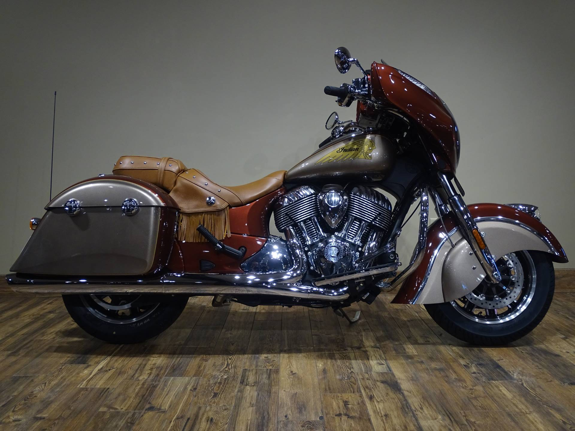 2019 Indian Chieftain® Classic Icon Series in Saint Paul, Minnesota - Photo 1