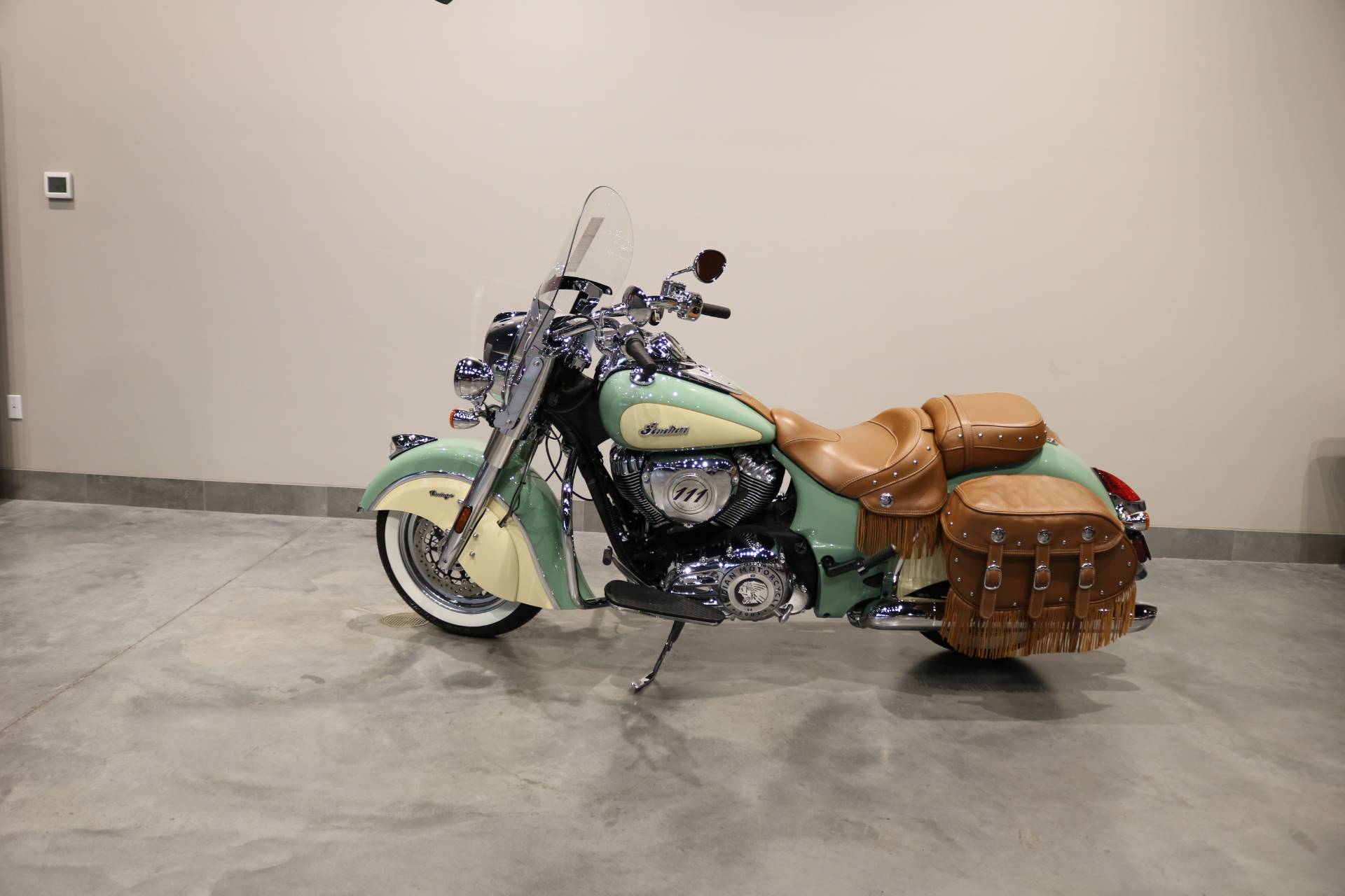 2020 Indian Chief® Vintage ABS in Saint Paul, Minnesota - Photo 2