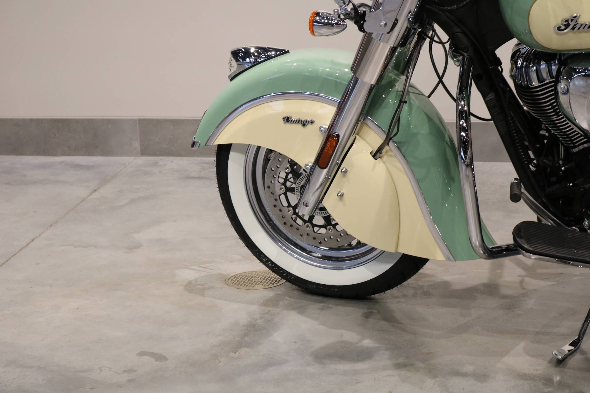 2020 Indian Chief® Vintage ABS in Saint Paul, Minnesota - Photo 5