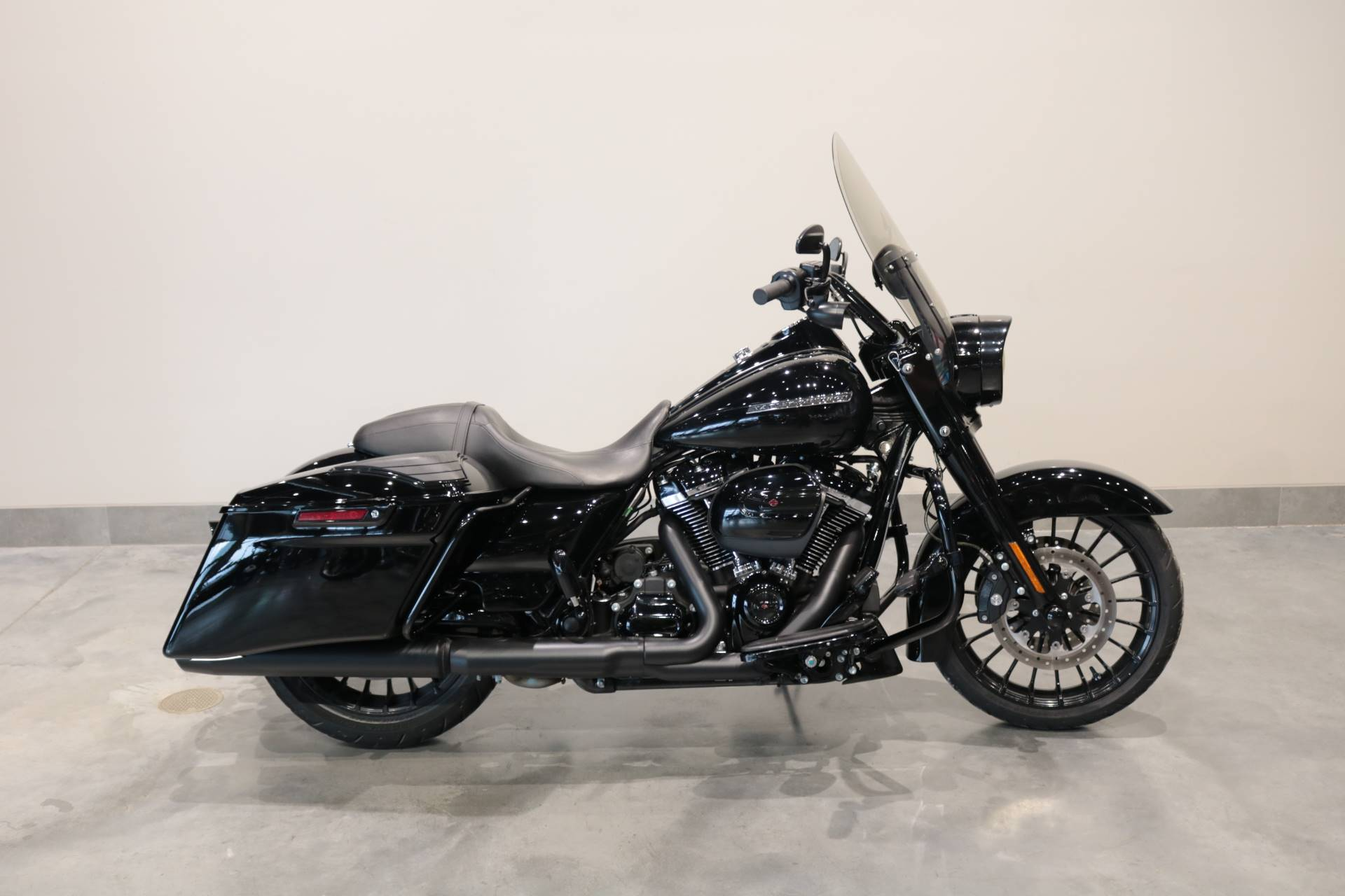 2018 Harley-Davidson Road King® Special in Saint Paul, Minnesota - Photo 1