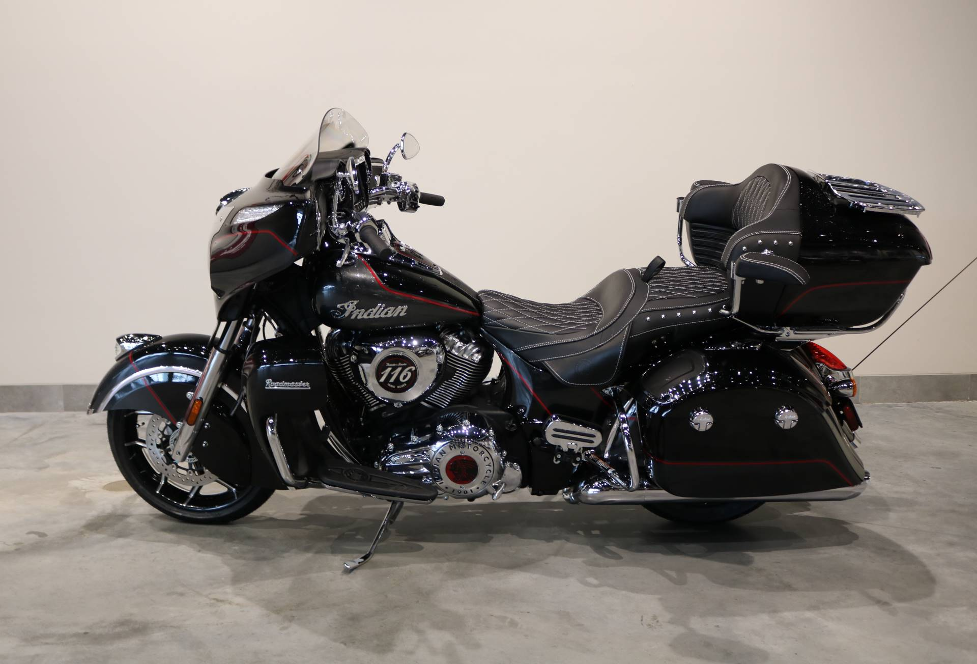 2020 Indian Roadmaster Elite in Saint Paul, Minnesota - Photo 2