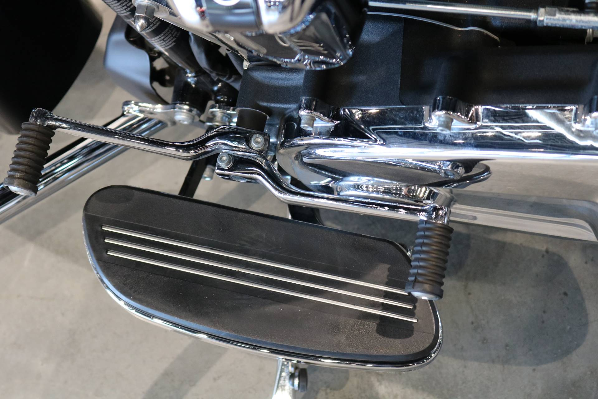 2019 Harley-Davidson Street Glide® in Saint Paul, Minnesota - Photo 13