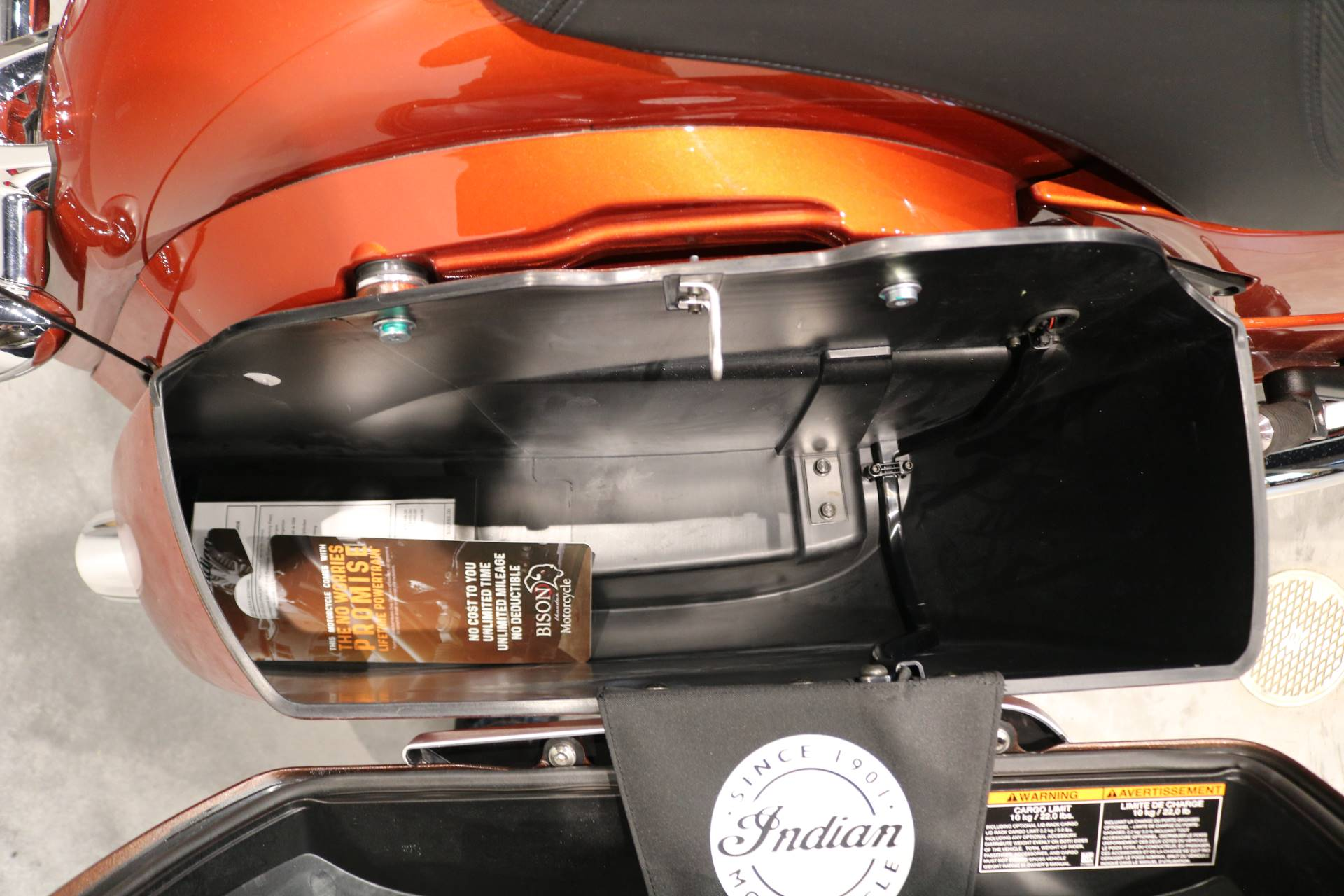 2019 Indian Chieftain® Limited Icon Series in Saint Paul, Minnesota - Photo 11