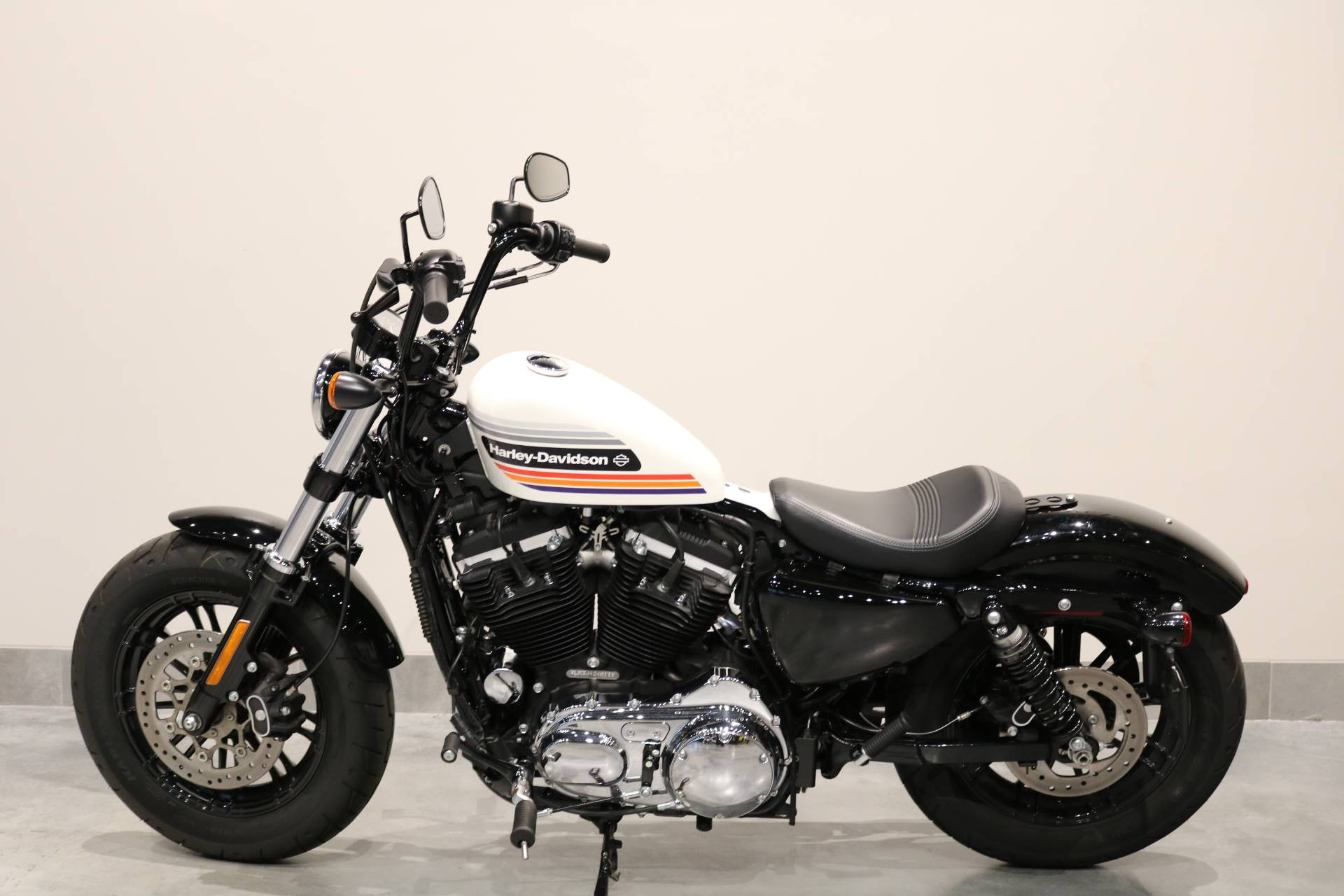 2018 Harley-Davidson Forty-Eight® Special in Saint Paul, Minnesota - Photo 2