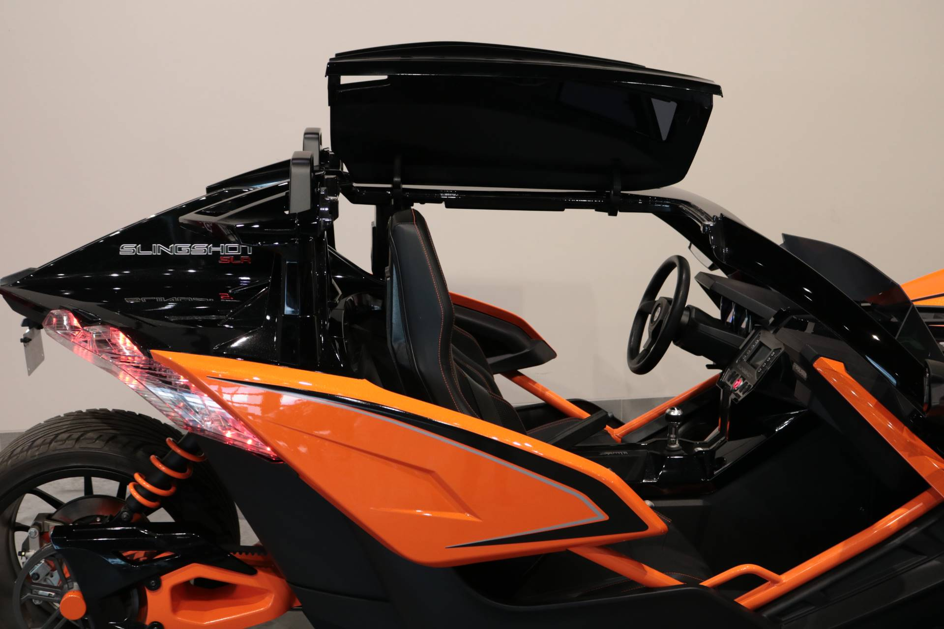 2017 Polaris Slingshot SLR in Saint Paul, Minnesota - Photo 3