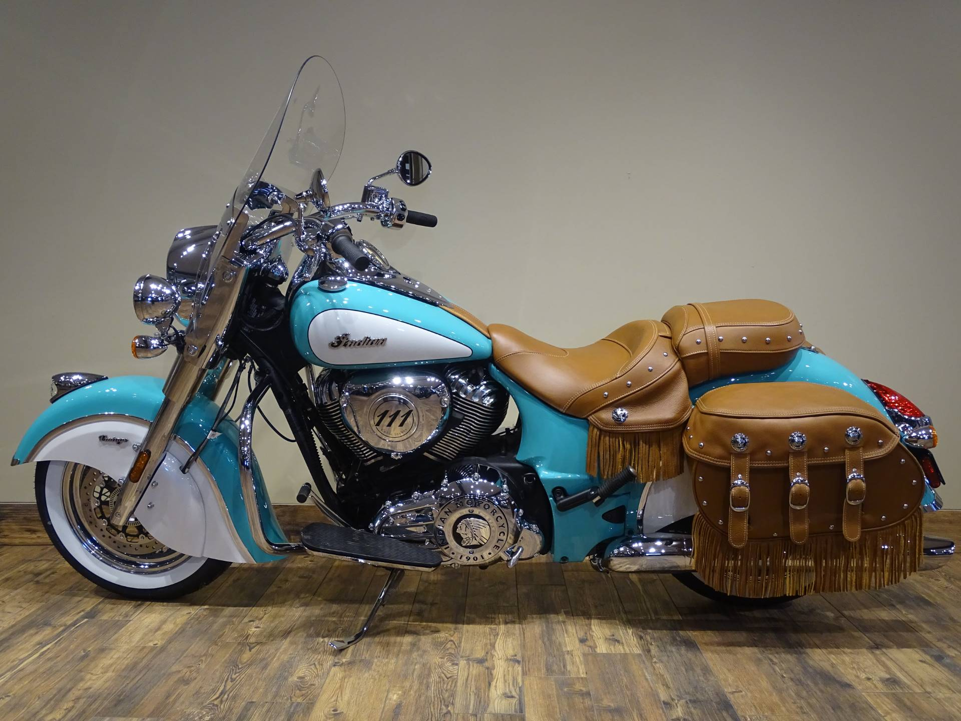 2019 Indian Chief® Vintage Icon Series in Saint Michael, Minnesota - Photo 2
