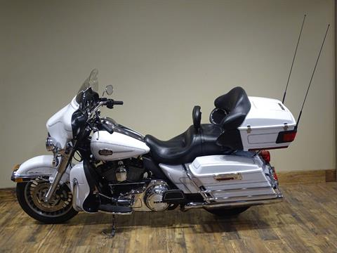 2013 Harley-Davidson Ultra Classic® Electra Glide® in Saint Michael, Minnesota - Photo 2