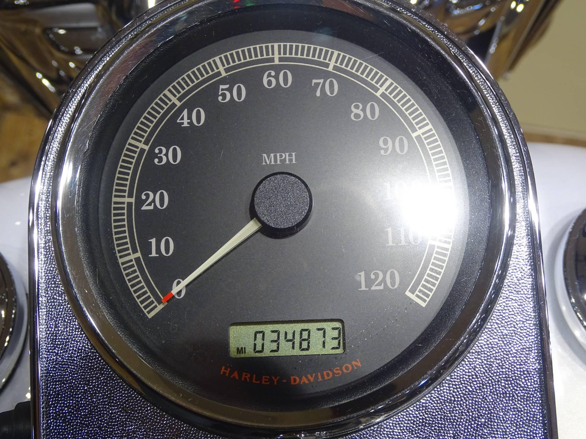 2007 Harley-Davidson FLHR Road King 7