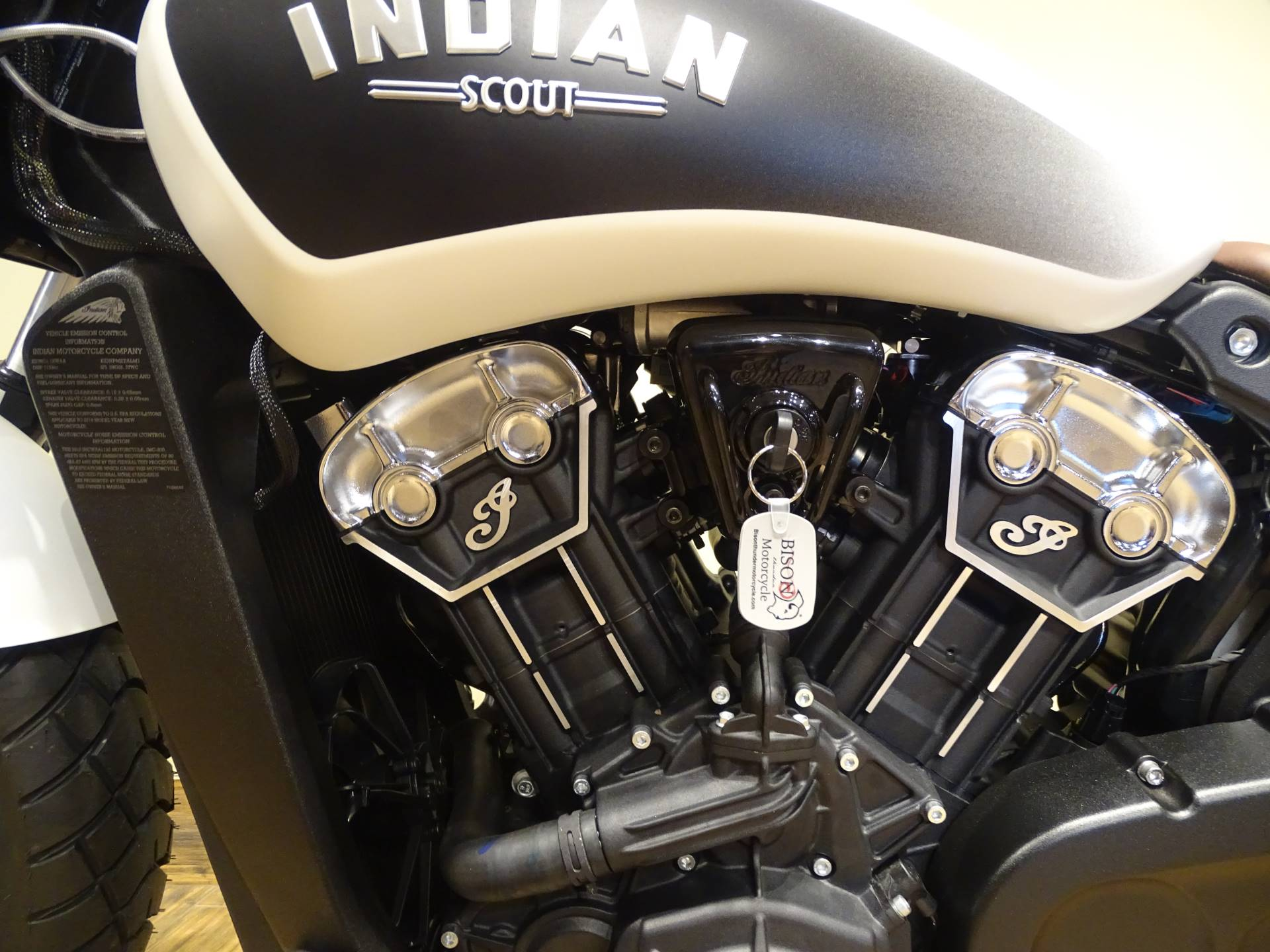 2019 Indian Scout® Bobber ABS in Saint Michael, Minnesota - Photo 4