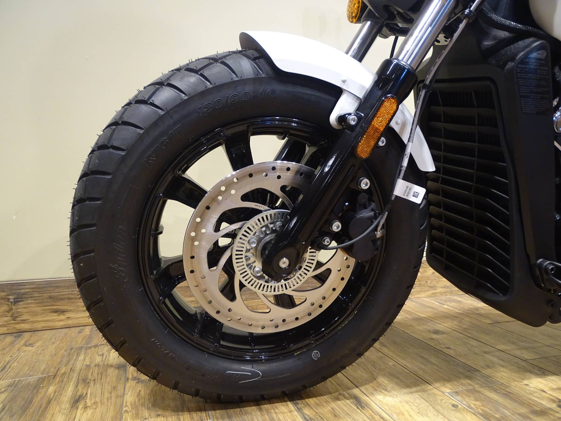 2019 Indian Scout® Bobber ABS in Saint Michael, Minnesota - Photo 5