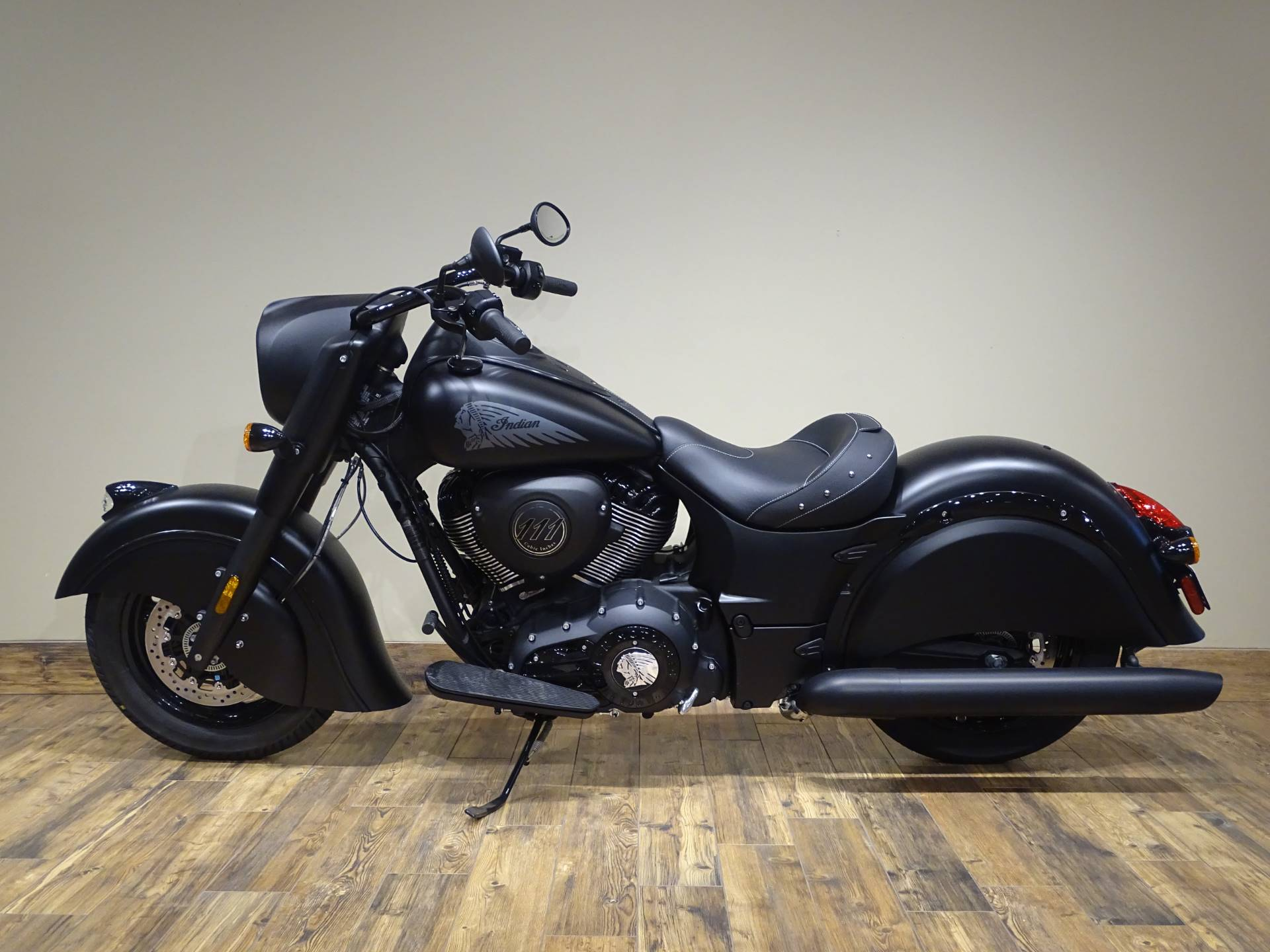 2019 Indian Chief Dark Horse® ABS in Saint Michael, Minnesota - Photo 2