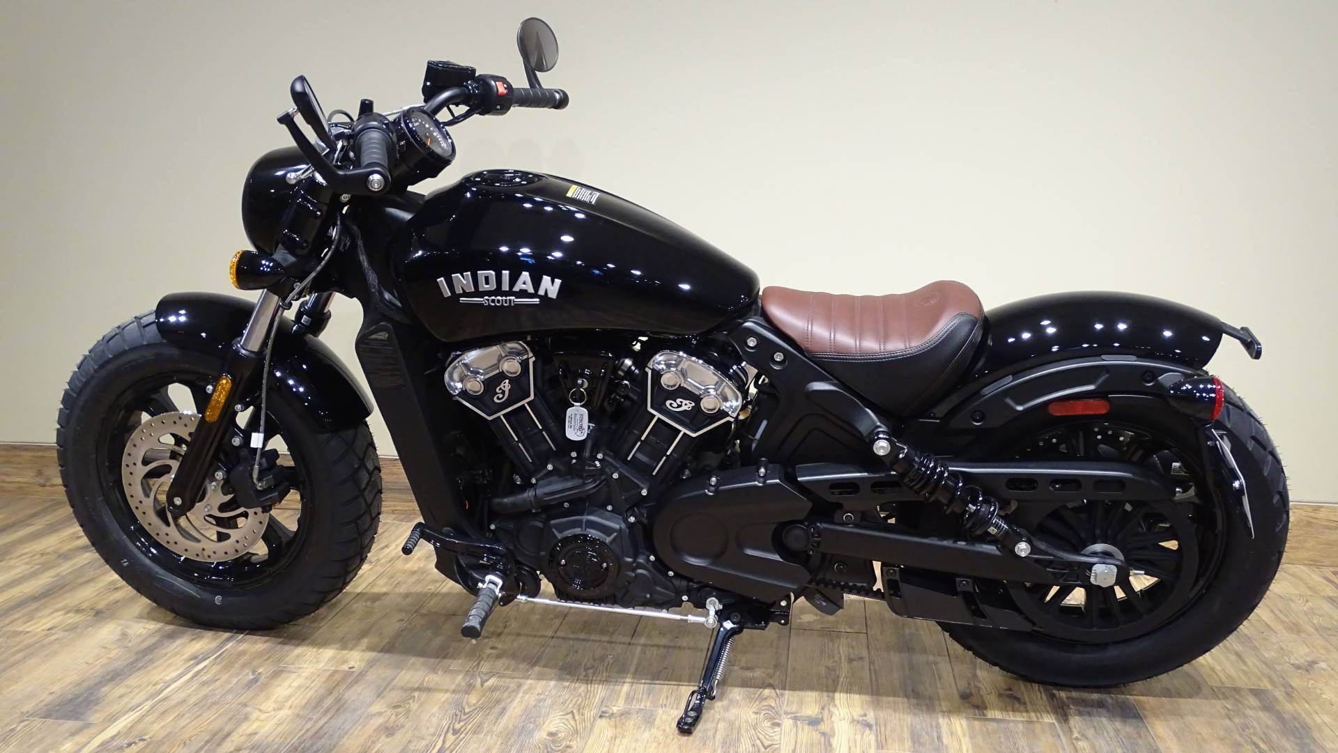 2019 Indian Scout® Bobber ABS in Saint Michael, Minnesota - Photo 2